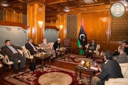 الثني يستعرض مع أعضاء مدينة بنغازي الأوضاع الأمنية بالمدينة