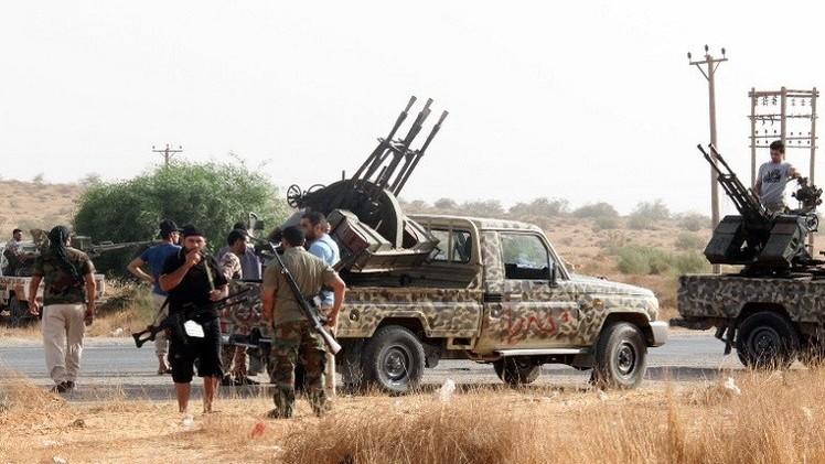 معارك شرسة بمحور الصابري وسوق الحوت.. وقتيل بالكتيبة 309 دبابات