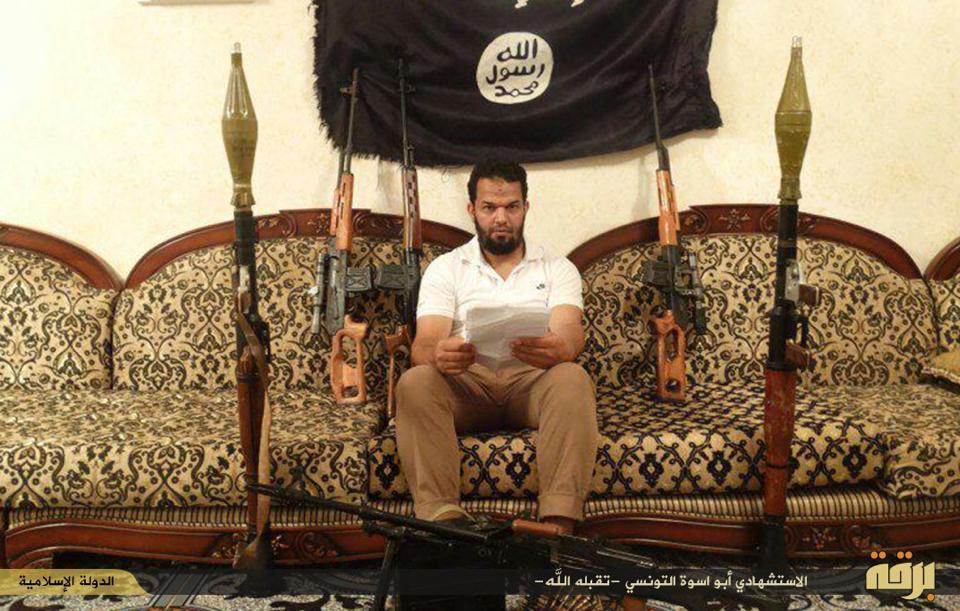 الدولة الإسلامية تمدد وجودها بمدينة درنة و تستخدم مواطنين أجانب في عمليات انتحارية ببنغازي
