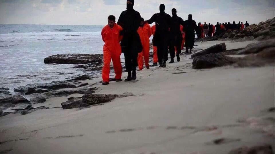 مسؤولون مصريون..هناك علاقات بين الإسلاميين في ليبيا والمتشددين في سيناء