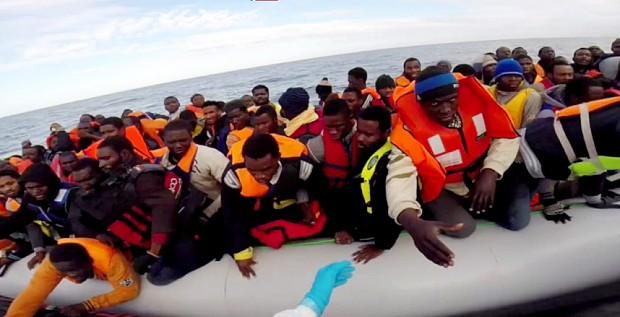 الهجرة غير الشرعية..1000 دولار لمغادرة ليبيا والمستفيد فجر ليبيا