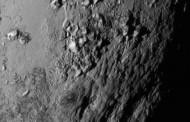 تكوينات على سطح بلوتو تحير العلماء