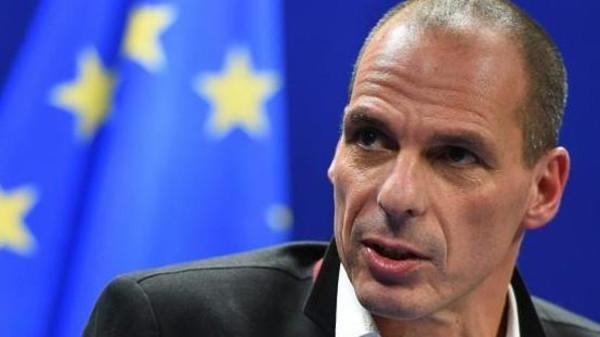 وزير المالية اليوناني: الدائنون.. إرهابيون