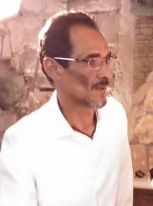 الكاتب أحمد إبراهيم ينتهي من كتابة نص (مونودراما)