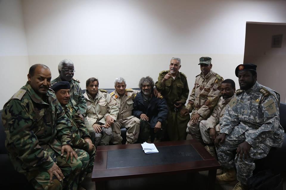 لجنة الوقوف على أوضاع المحاور في بنغازي تبحث مع آمر غرفة عمليات الكرامة التنسيق العسكري