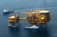 النفط يواصل نزيف الخسائر مع تخمة المعروض
