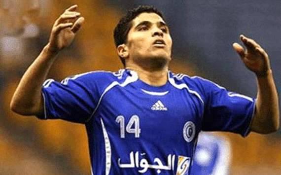 طارق التائب ينهي الجدل حول موعد مباراة اعتزاله