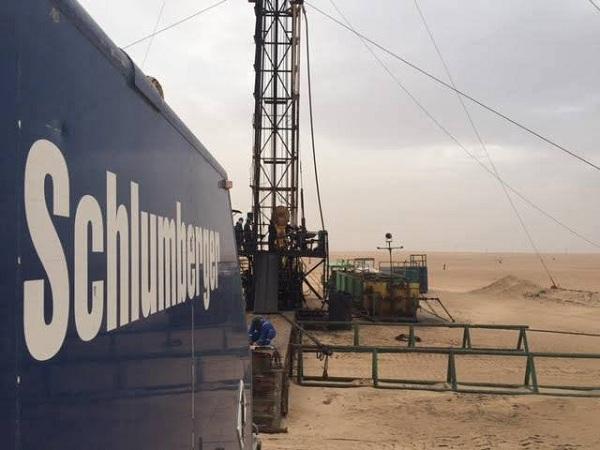 عدد من الشركات الأجنبية تعود لأعمالها بحقول شركة الخليج