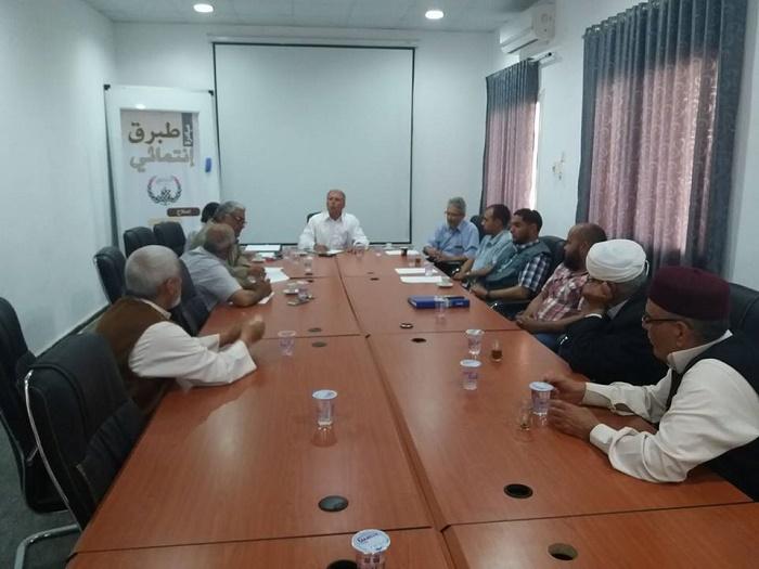 رئيس مجلس الحكماء طبرق: تدخلنا لحل مشكلة الناقلة النفطية لإدخالها ميناء الحريقة