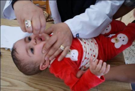 1500 طفل يتلقون التطعيمات في مركز باب درنة للأمومة والطفولة في طبرق خلال أغسطس