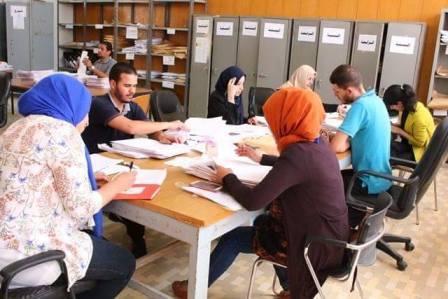تواصل أعمال رصد ومراجعة النتائج من قبل اللجان في كلية الحقوق بنغازي