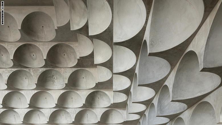 مسجدXصور| مسجد بانش بول الأسترالي ذو الـ99 قبة
