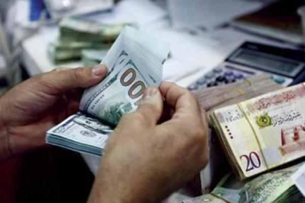 ارتفاع سعر صرف الدينار الليبي .. الأسباب والتوقعات