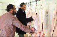 وكيل بلدية البيضاء يتفقد أعمال لجنة الأمن الغذائي