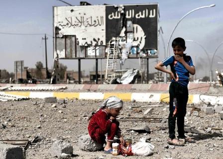 فرح العودة يلطخ بما خلفه وراءه تنظيم داعش الإرهابي