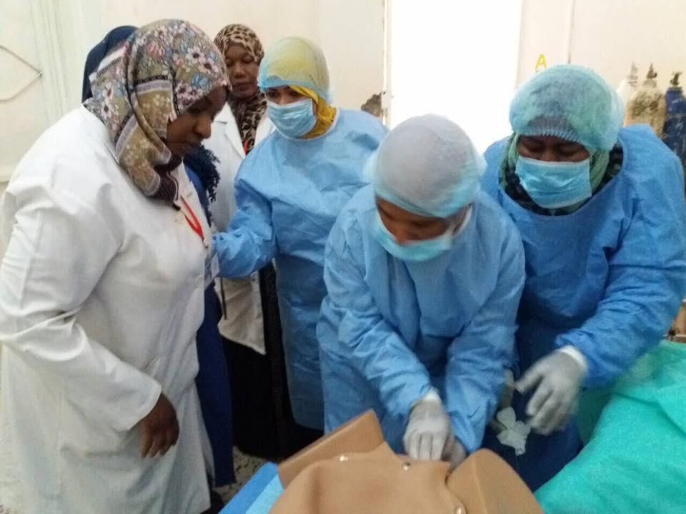 دورة تدريبية لعناصر التمريض والقبالة بمستشفى غات العام