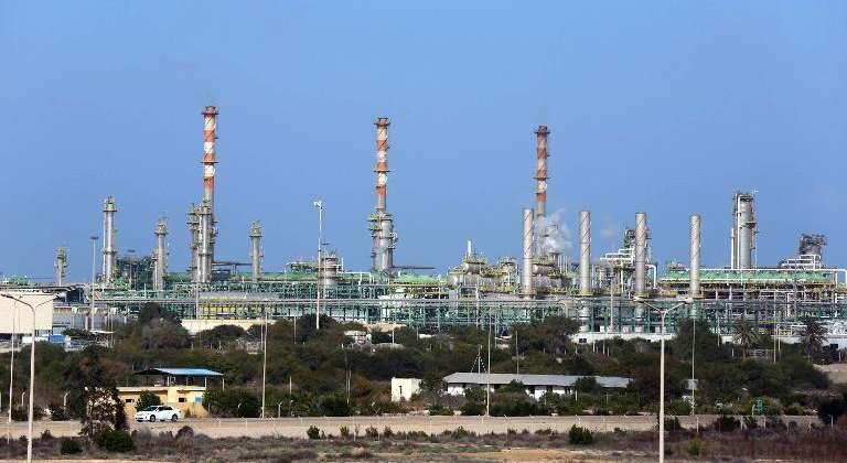 كهرباء بنغازي تعلن إعادة تشغيل الوحدة الرابعة بمحطة شمال بنغازي