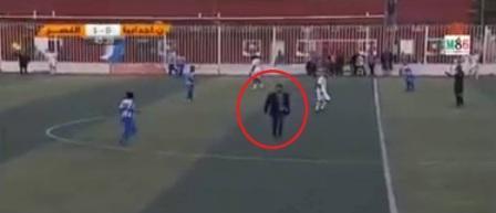 أخبار ليبيا 24 تكشف أسباب عبور شخص للملعب خلال مباراة النصر ونجوم أجدابيا