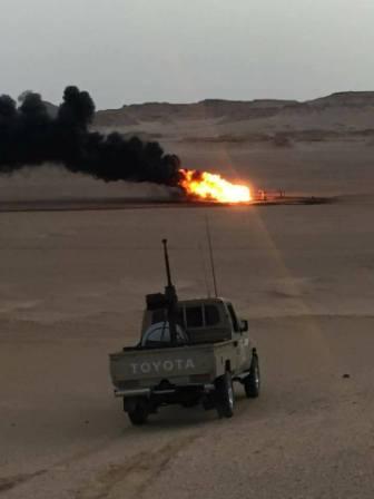 مصدر: محاولة السيطرة على حريق في أحد صمامات نقل النفط الخام شمال غرب مرادة بعد عملية إرهابية