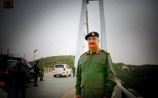 تعرف على وصايا المشير لجنوده في درنة.. أبرزها حماية المدنيين والحذر من الكمائن