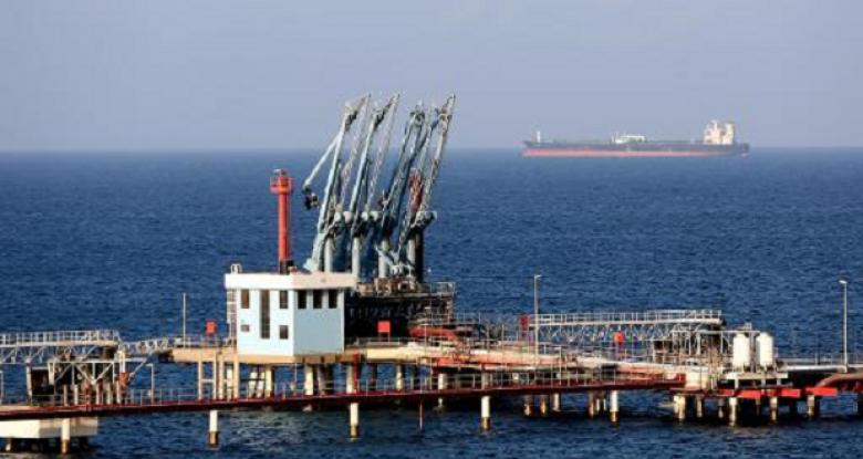 مؤسسة النفط تطالب الجضران بتفادي كارثة بيئية في مينائي السدرة وراس لانوف