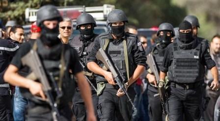 القوات التونسية والجزائرية معا لإحباط محاولات داعش