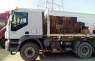 التحريات العامة في مديرية أمن بنغازي تضبط شاحنة تنقل سلع تموينية منتهية الصلاحية