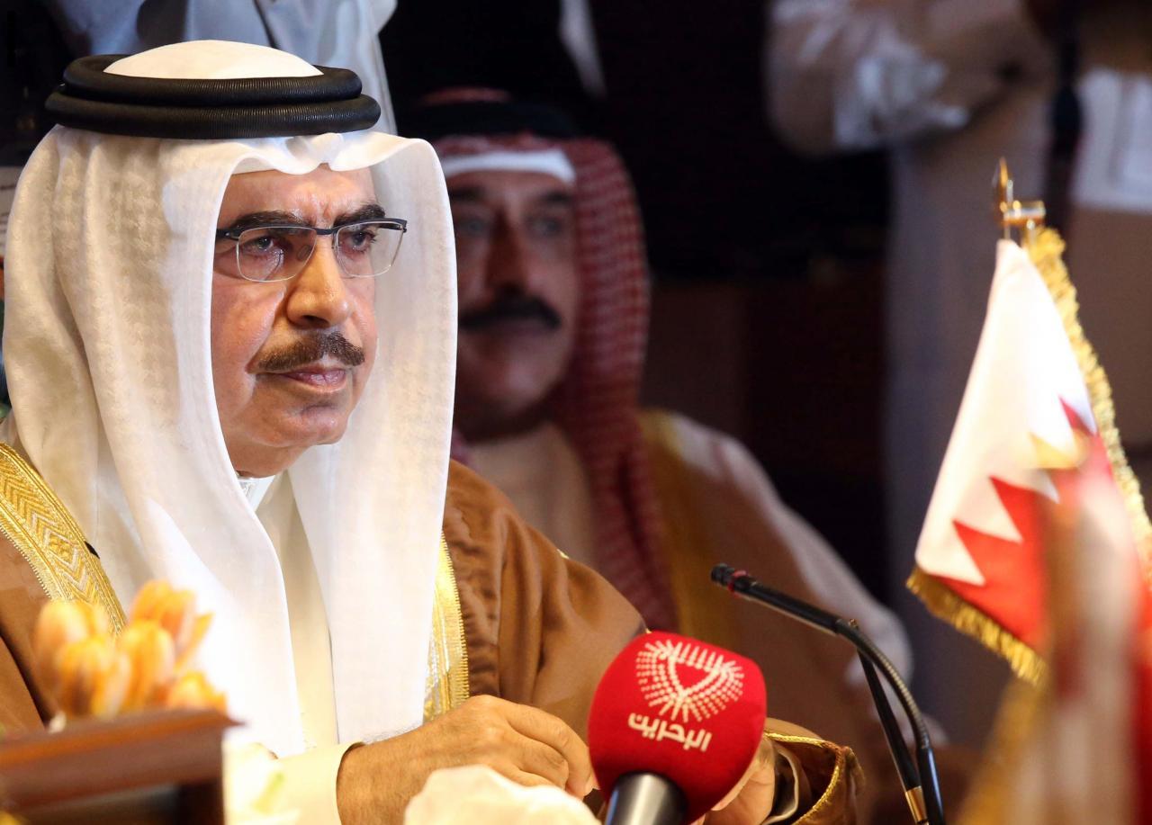 البحرين تعلق إصدار التأشيرات للقطريين وتتهم الدوحة بالعدائية