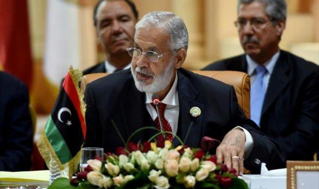 وزير خارجية الوفاق يستقبل وفدا من مدينة بني وليد