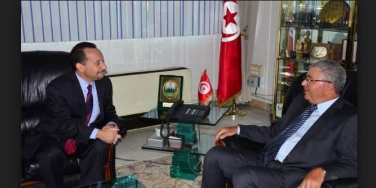 لقاء وزير الدفاع التونسي بالسفير الأمريكي يكشف حقيقة الوجود العسكري الأمريكي في تونس