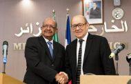 وزير الخارجية الجزائري يبحث مع نظيره الفرنسي الاوضاع بليبيا
