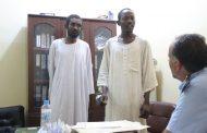 شرطة أوجلة تقبض على سودانيين بتهمة صناعة الخمور