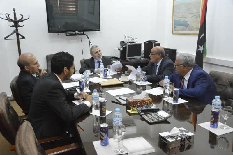 صورة صنع الله يعقد سلسلة من الاجتماعات والزيارات لمقرات النفط في بنغازي