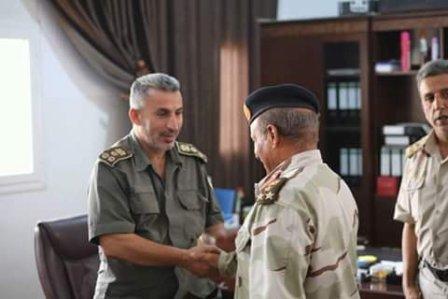 صورة الخرطوش: آمر اللواء 73 يستلم مقر اللواء خالد بن وليد بعد حله