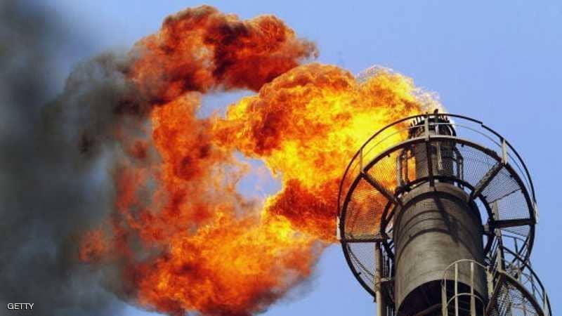 صورة فيض المعروض النفطي يعترض موجة صعود الأسعار