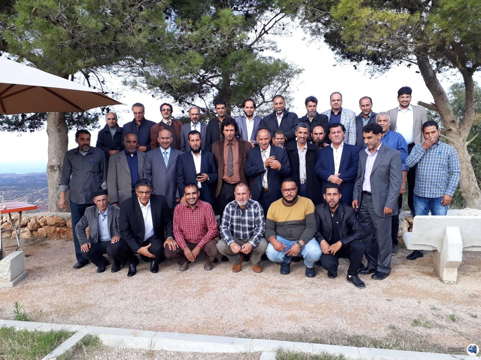 صورة مناقشة أزمة الأعلاف والغلاء غير المسبوق في أسعارها في ليبيا