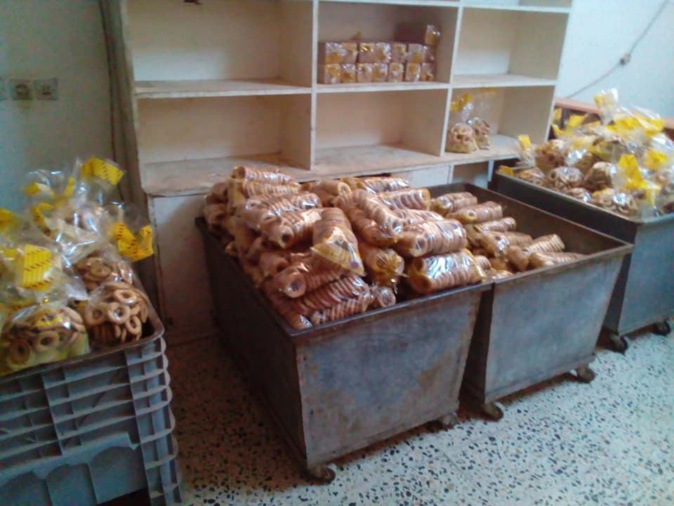 صورة ضبط مصنع لصناعة الحلويات غير مطابق للمواصفات في بنغازي