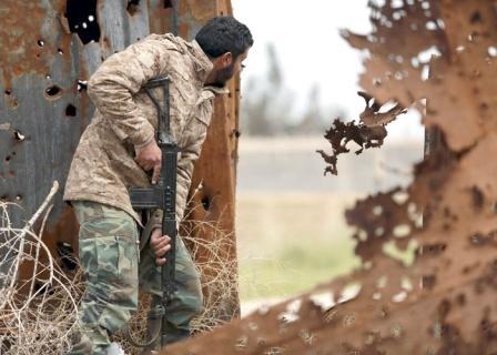 صورة الشعب يدعم المؤسّسات العسكريّة لتطهير البلاد من داعش
