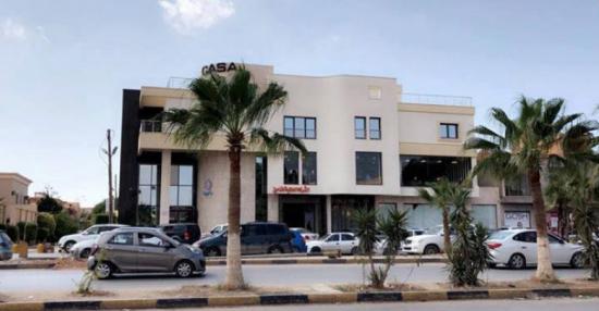 """صورة مالك مقهى كازا لـ""""أخبار ليبيا 24″: لن نتوقف حتى يكون هناك رد اعتبار رسمي على انتهاك الحرمات"""