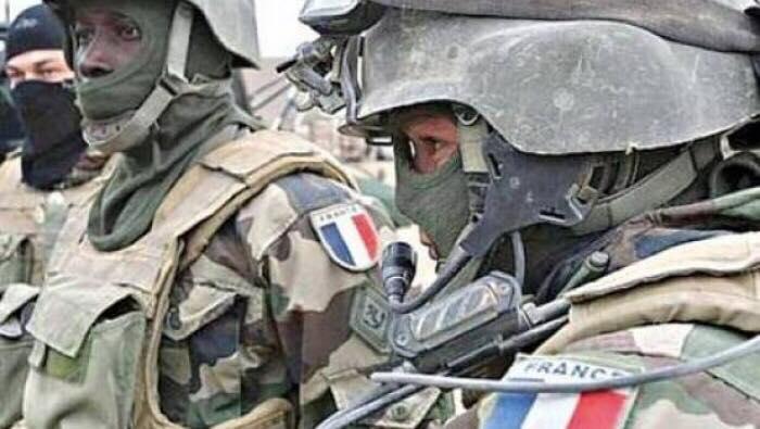 صورة فرنسا تلعب على الحبلين .. وفد فرنسي رفيع المستوى في طرابلس لدعم قوّات السراج في الجنوب