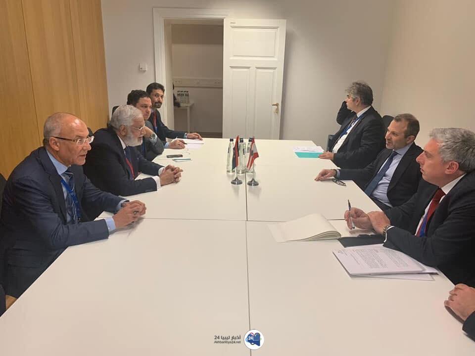صورة بعد حوالي أربعين عامًا .. ملف اختفاء الصدر على طاولة وزيري الخارجية الليبي واللبناني