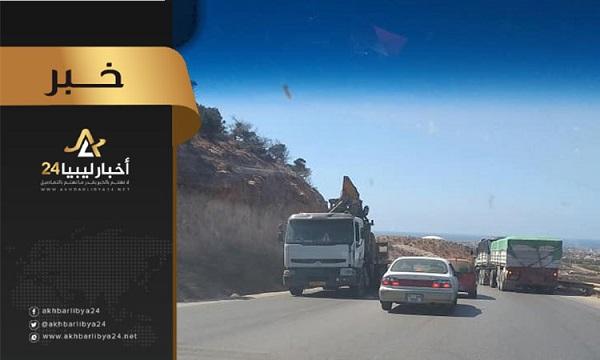"""صورة للمرة الرابعة..""""أخبار ليبيا24″ ترصد مرور الشاحنات على جسر """"الباكور"""""""