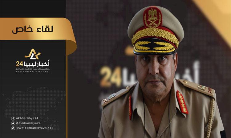 """صورة آمر منطقة طبرق العسكرية يتحدث لـ""""أخبار ليبيا24″ عن جولته في المنافذ البرية والجوية والبحرية"""