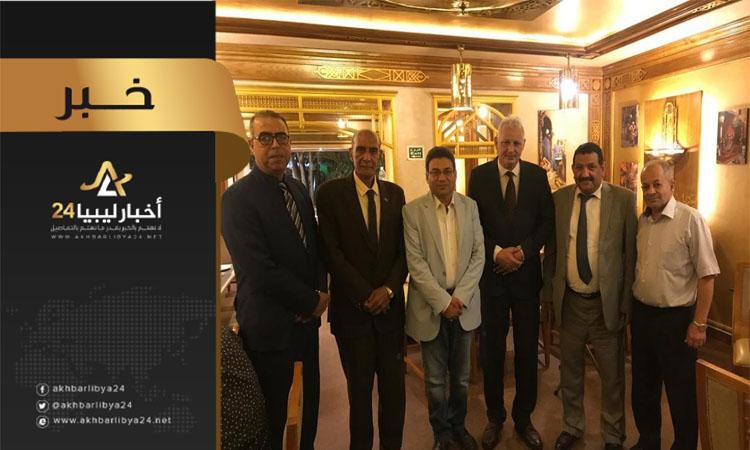صورة اجتماع ليبي مصري في القاهرة لبحث التبادل التجاري بين البلدين