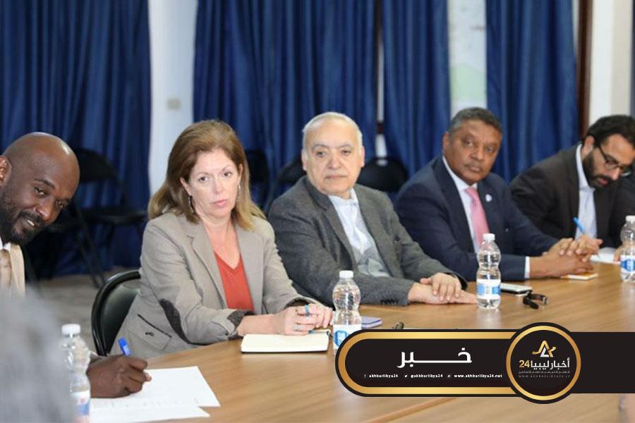 صورة بمناسبة ذكرى فبراير.. البعثة الأممية تؤكد التزامها بمواصلة جهودها لإنهاء الوضع الراهن