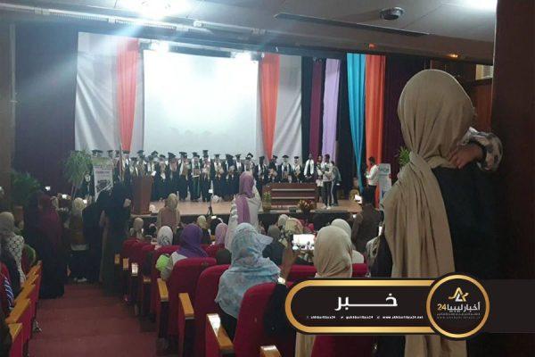 صورة كلية طب الأسنان سبها تحتفل بتخريج الدفعة التاسعة عشر