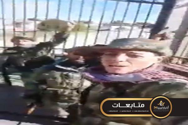 صورة مدير المرصد السوري يؤكد تجنيد المكون التركماني للقتال في صفوف الوفاق..تعرف على الفصائل التي يتوقع وصول أفرادها إلى طرابلس