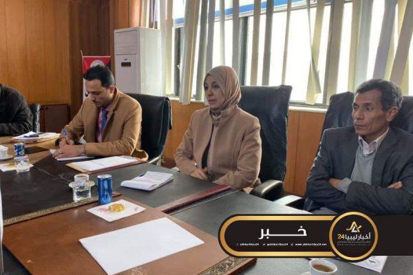 صورة وزير الشؤون الاجتماعية تستعرض تفعيل جميع القطاعات الخدمية في سرت