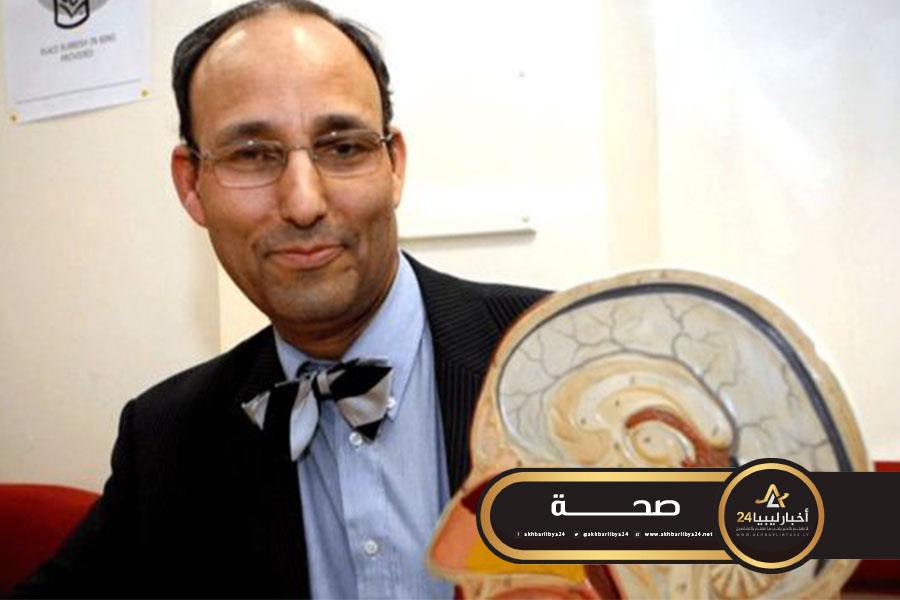 صورة بي بي سي: طبيباً بريطانياً موقوفاً عن العمل في بلاده يعمل حاليا بمصراتة