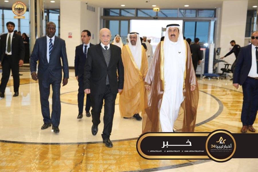صورة عقيلة صالح يصل إلى أبوظبي في زيارة رسمية لبحث الأوضاع في ليبيا